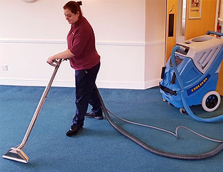 Clean complete carpet cleaning
