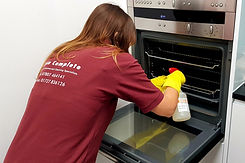 Oven clean. Deep cleaning as part of our end of tenancy cleaning services.