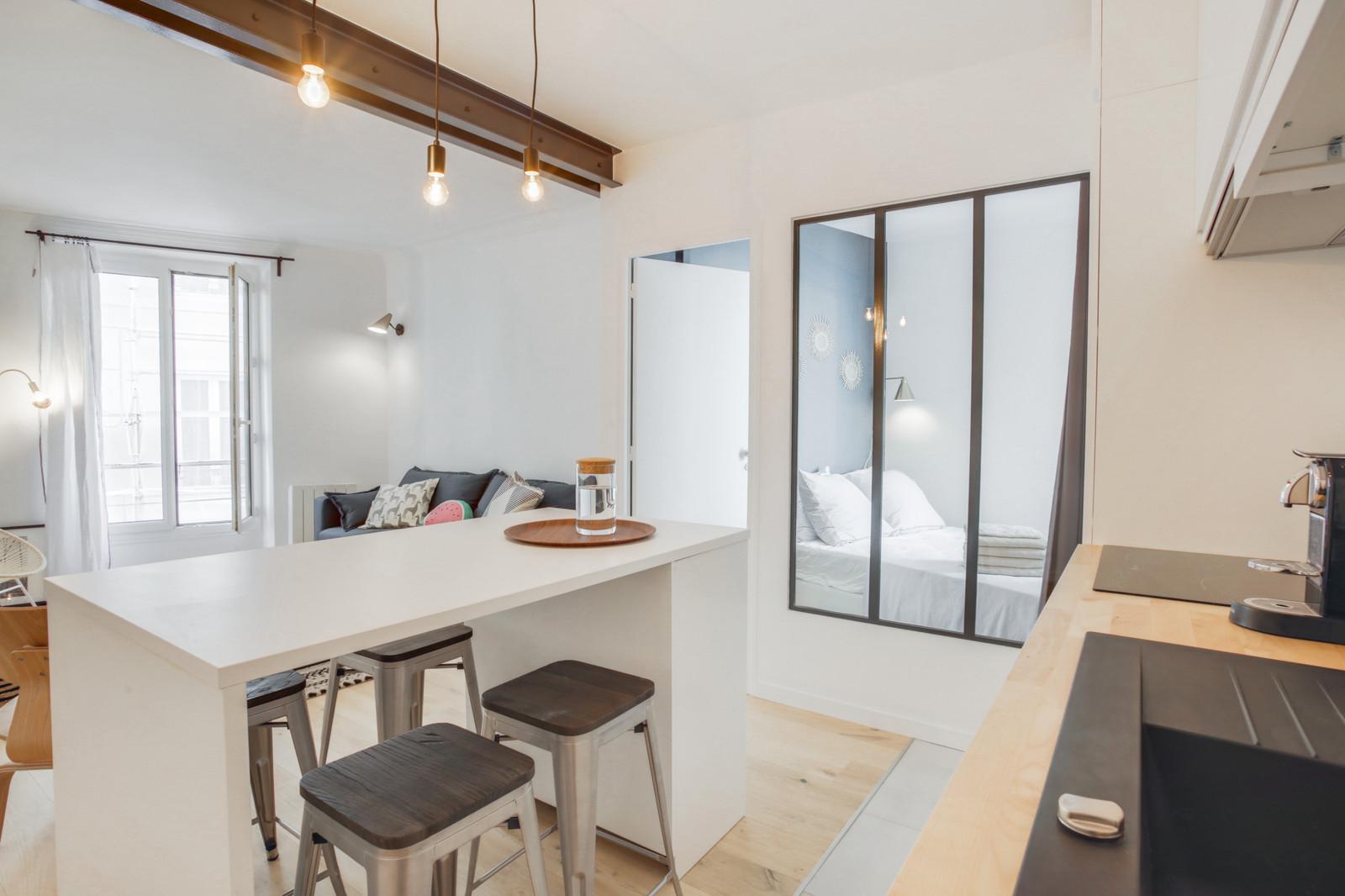 cuisine séjour chambre avec verrière