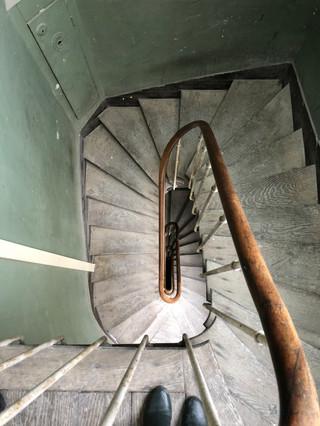 escaliers de service parisiens !