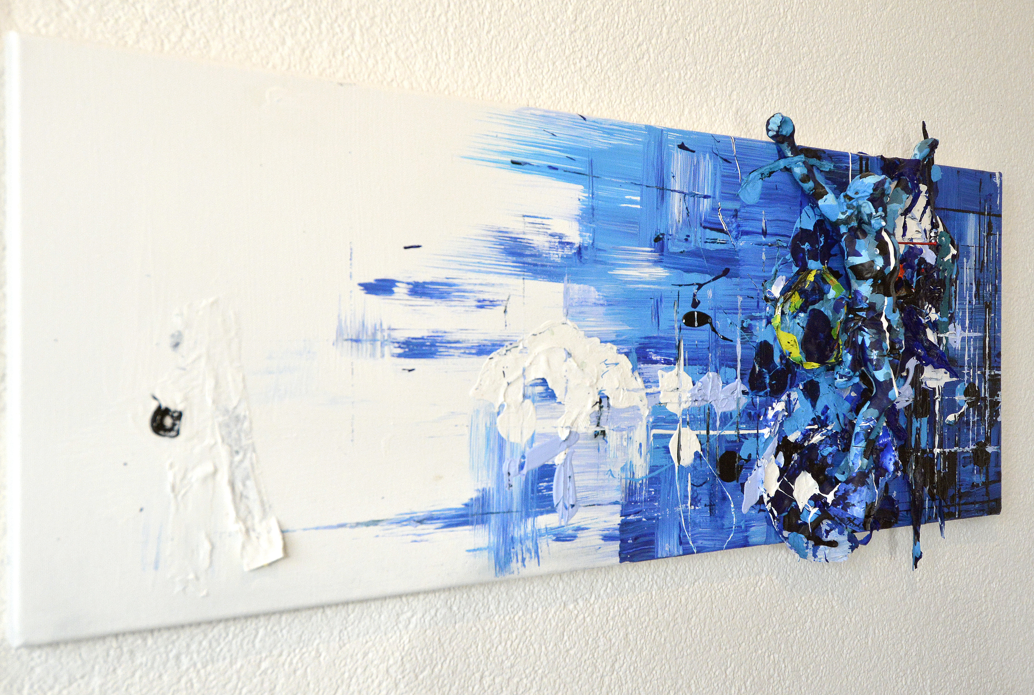 Camouflage-blue-Jesus_l