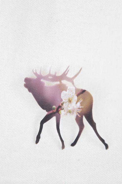 Elk Silhouette Pin