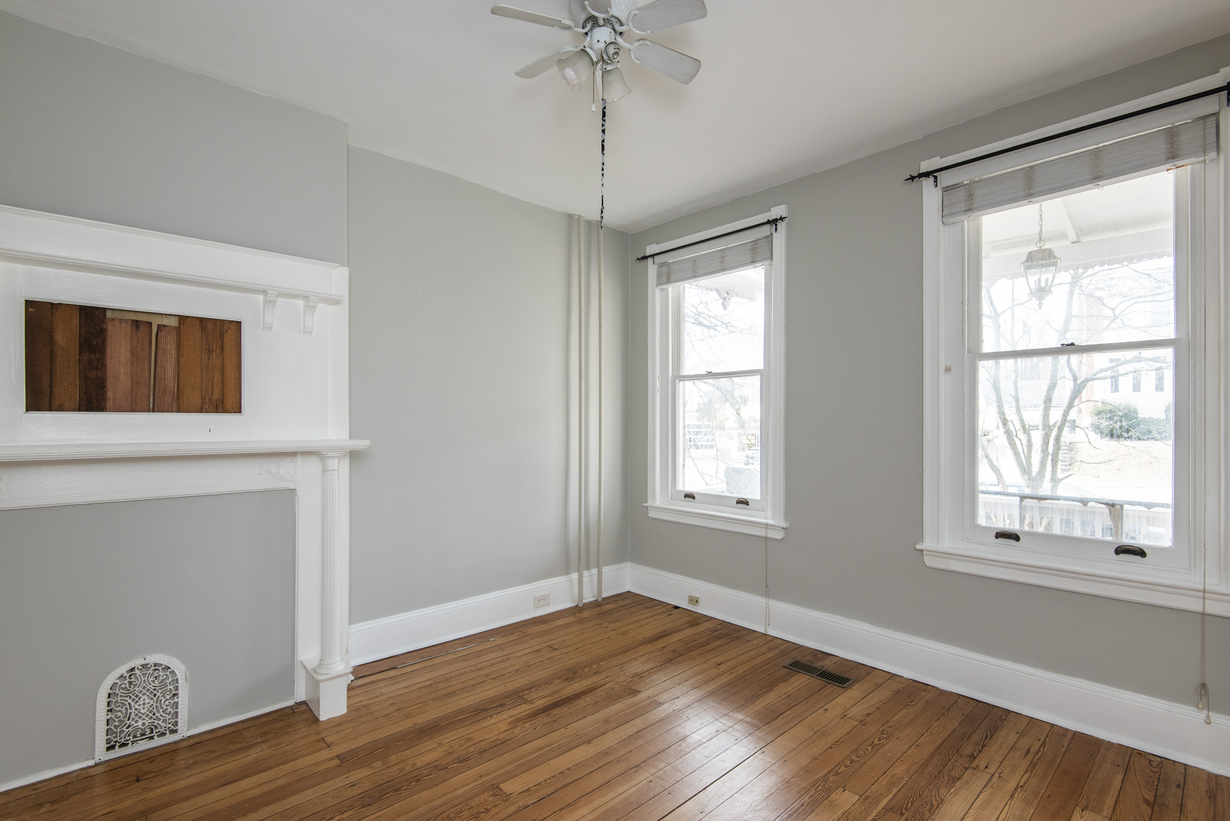 7611 Ridge Ave Unit 1.3.jpg