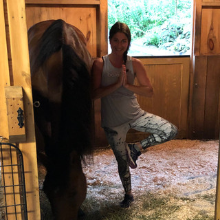 YogaInWaves yoga with horses