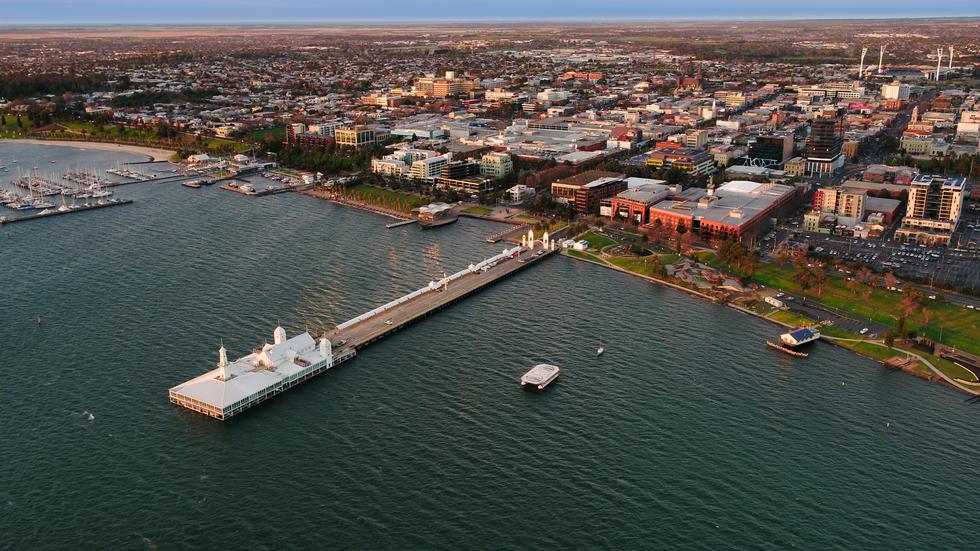 Geelong Wharf sunrise