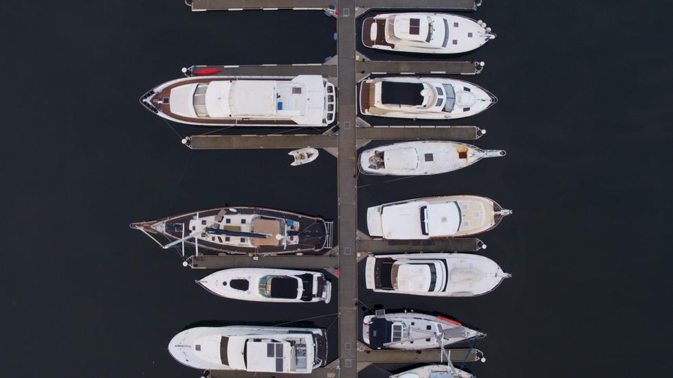 Yacht marina