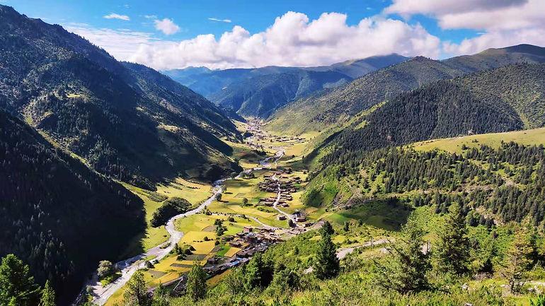 Zongsar valley