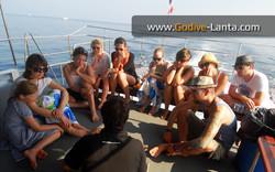 dive-boat-snorkeling-briefing