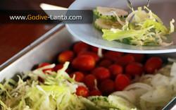 dive-boat-breakfast-salad