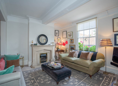 Gorgeous property For Sale captured in Leamington Spa