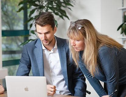 Konsulter på Serkon arbetar med digitalisering av offentlig sektor