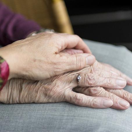 När verksamheten ställs på sin spets - utmaningar och framgångsfaktorer i äldrevården