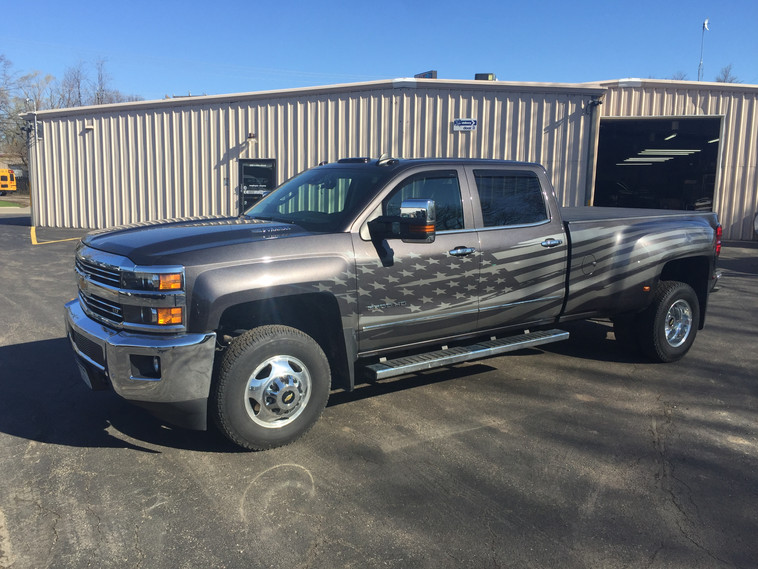 Silverado 3500HD American Flag Graphics
