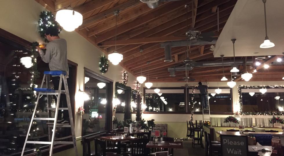 Interior lit garland