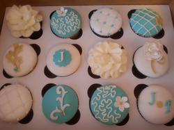 Intricate Fondant Cupcakes