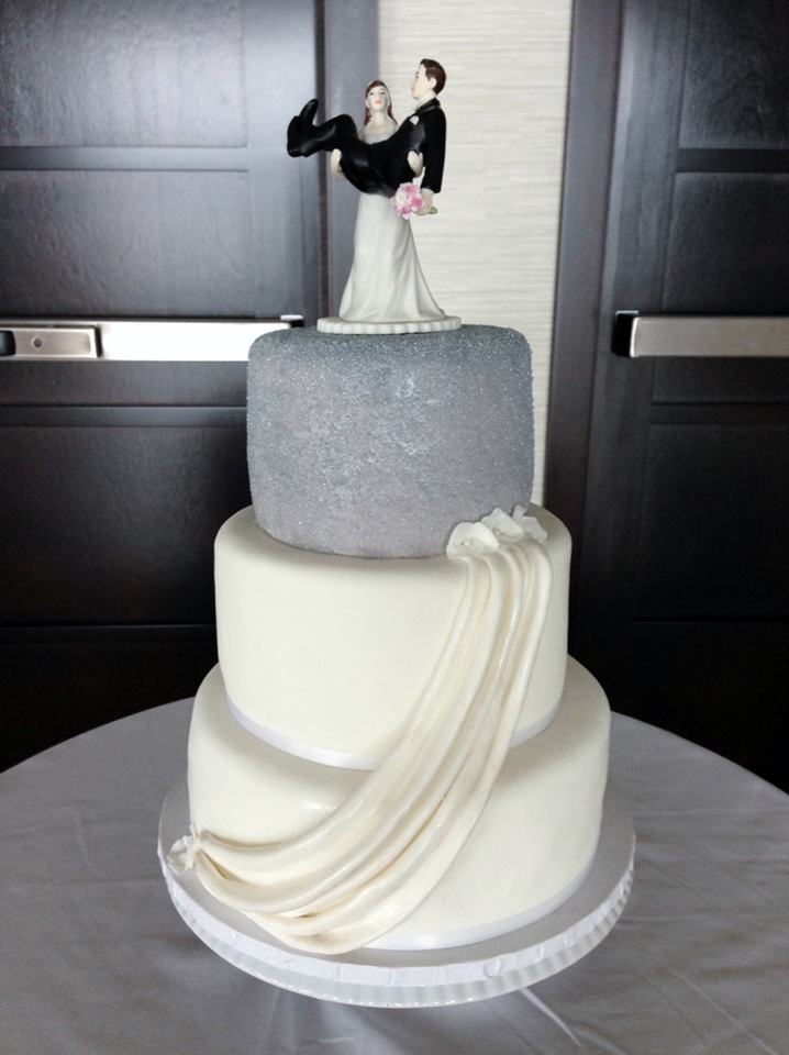 Sugared Bling Wedding Cake