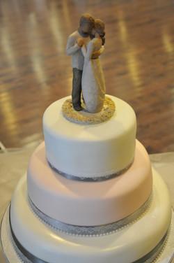 Love & Lace Wedding Cake