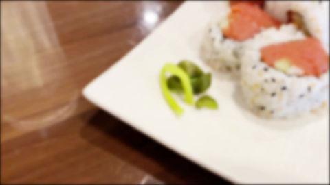 Sushi Maru Japanese Restaurant Spicy Tuna Roll