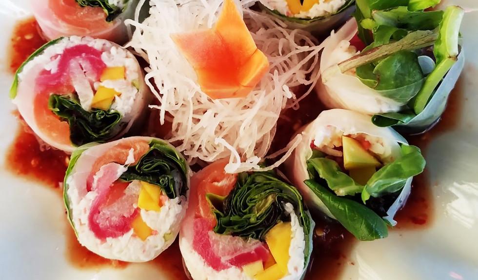 Mk Sushi Western Center- Photo by Heathe