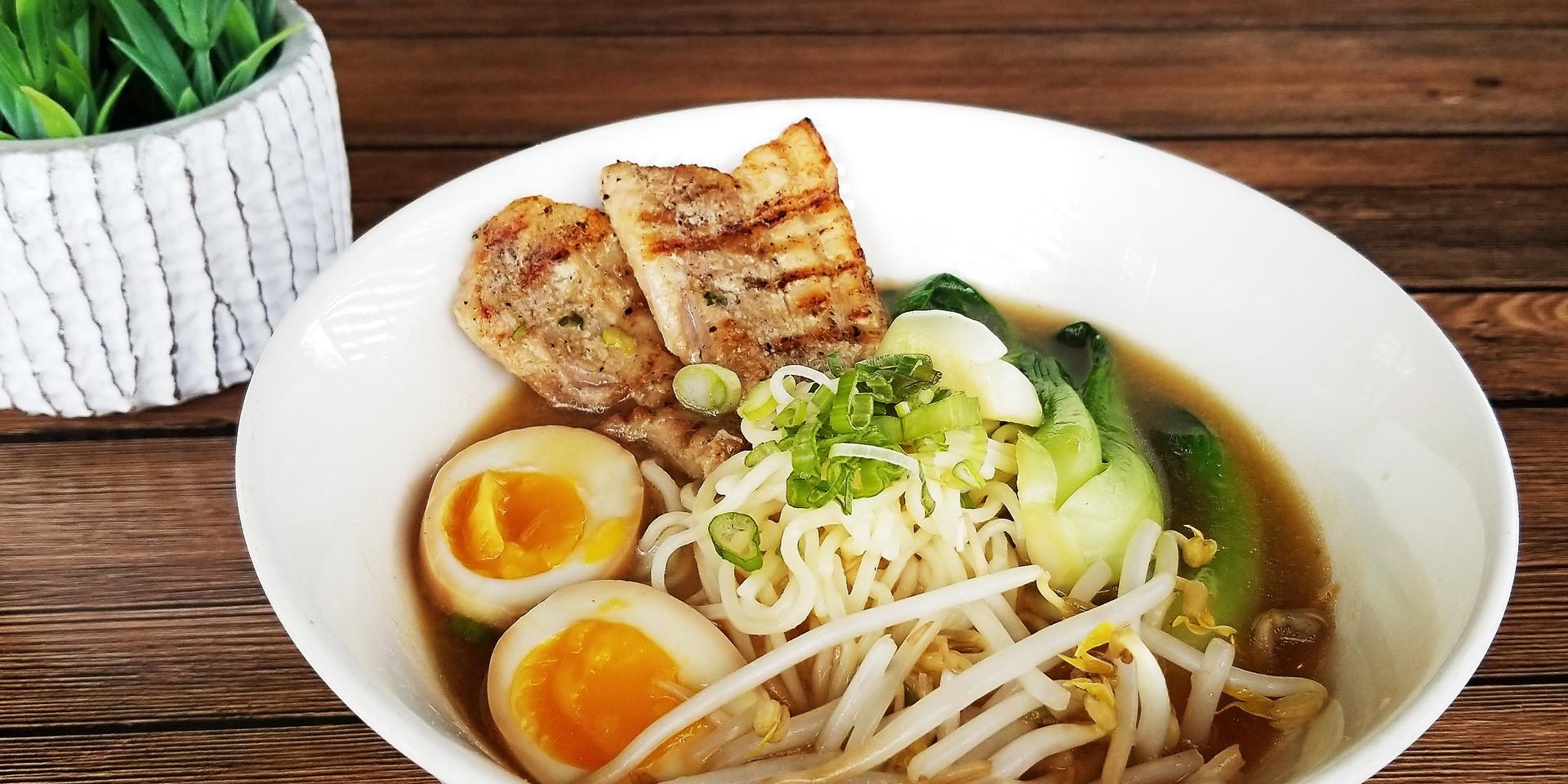 Mk's Sushi_Miso Ramen_02.jpg