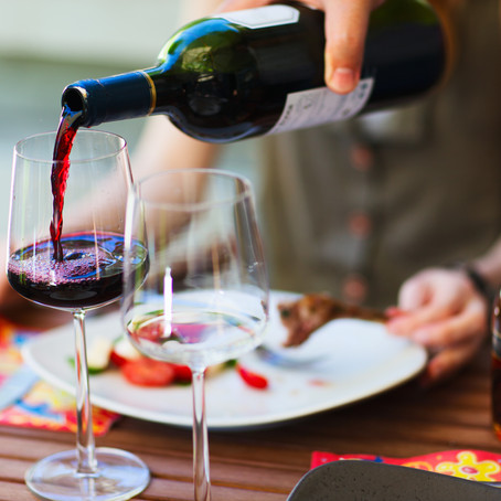 Can Red Wine Be Good For Your Teeth? Oral Health News From General Dentist in Glen Ellyn, Illinois