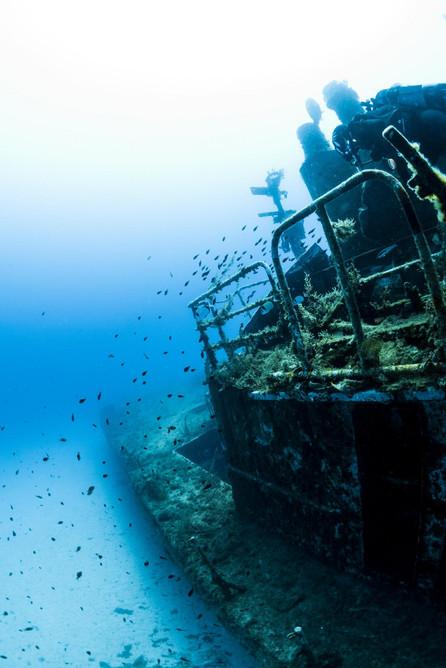 27- P29 Petrol Boat