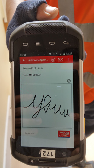 Parcelforce_Signature.jpg