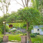garden2_small.jpg