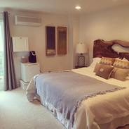 #west #room #after #beach #vibe #niagara
