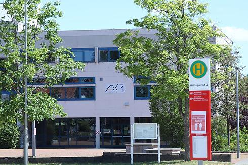Schule 2.JPG