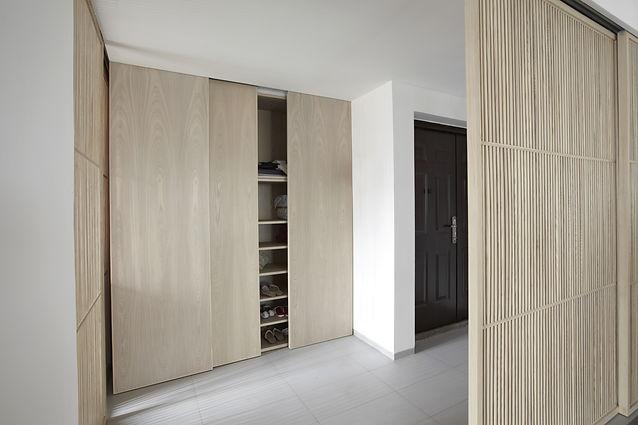 Built in slidding door wardrobe