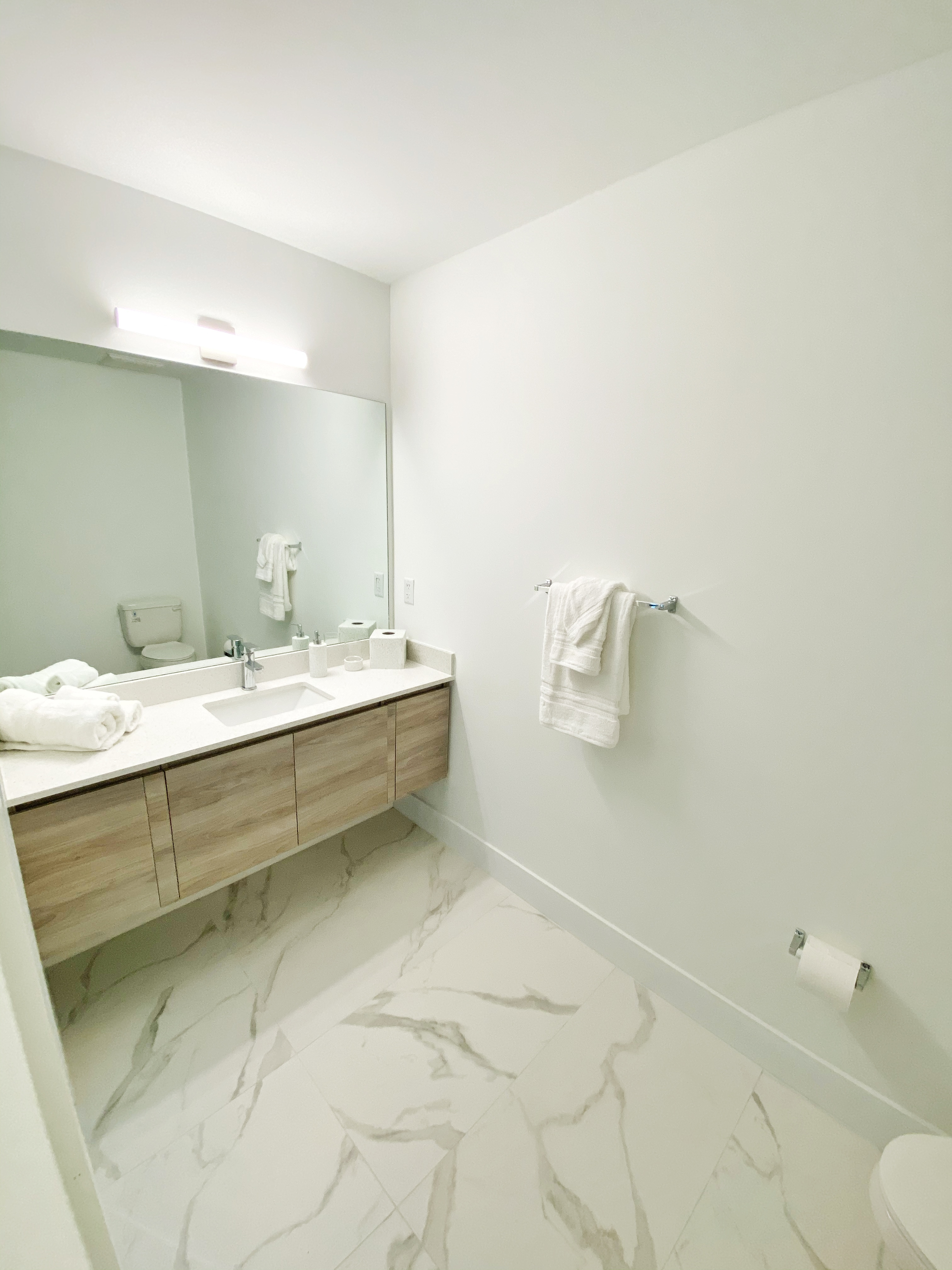 #315 Bathroom