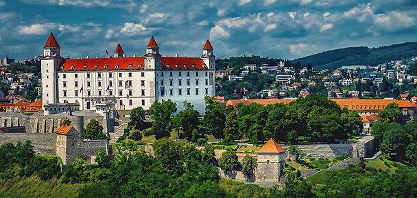 castle-at-bratislava-slovakia.jpg