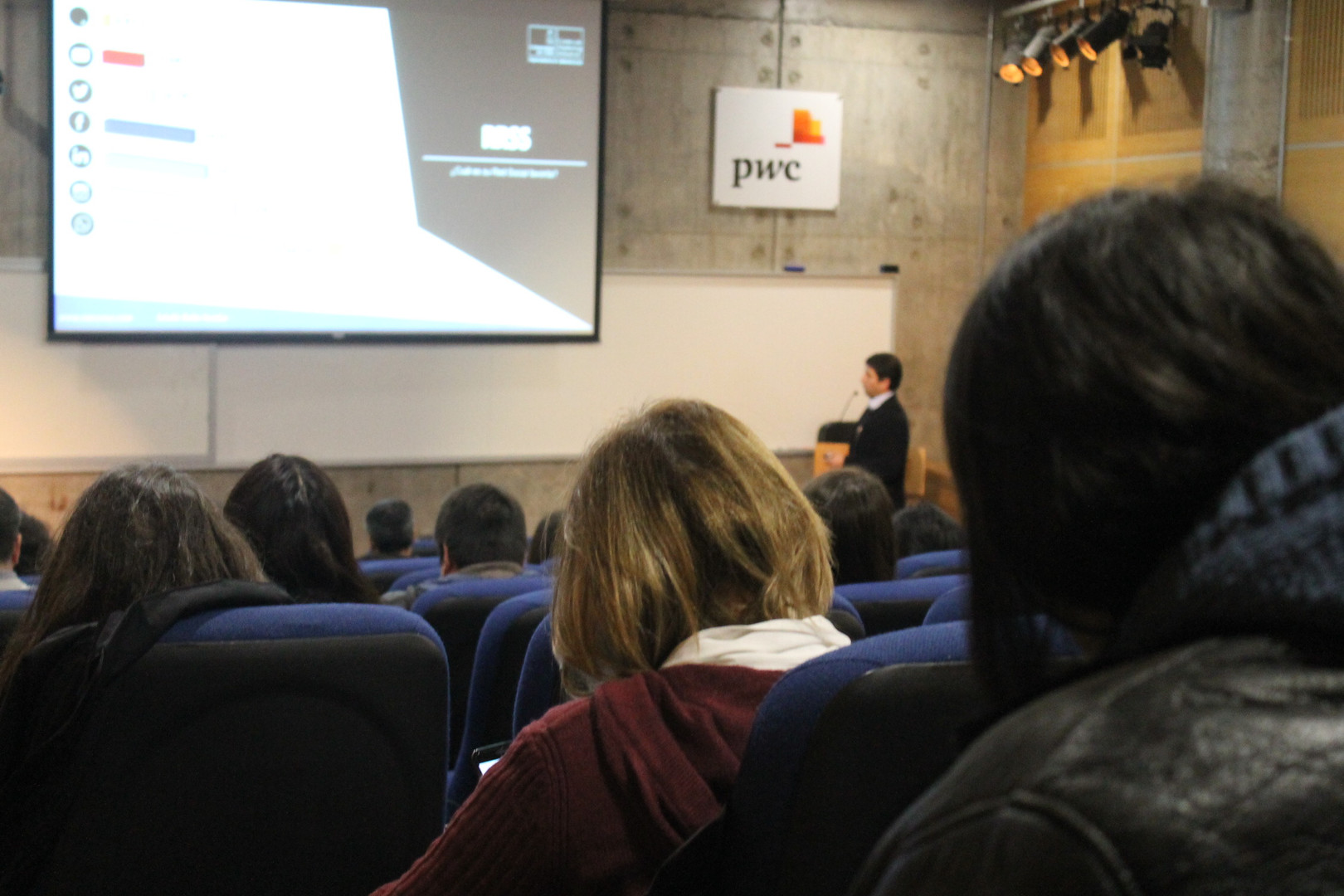 CENTRO DE MARKETING B2B U CHILE