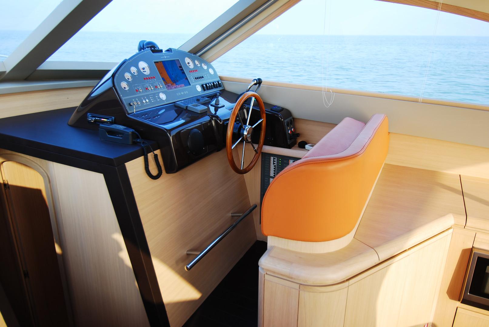 Estensi 440 Goldstar S - Lobster (9).JPG