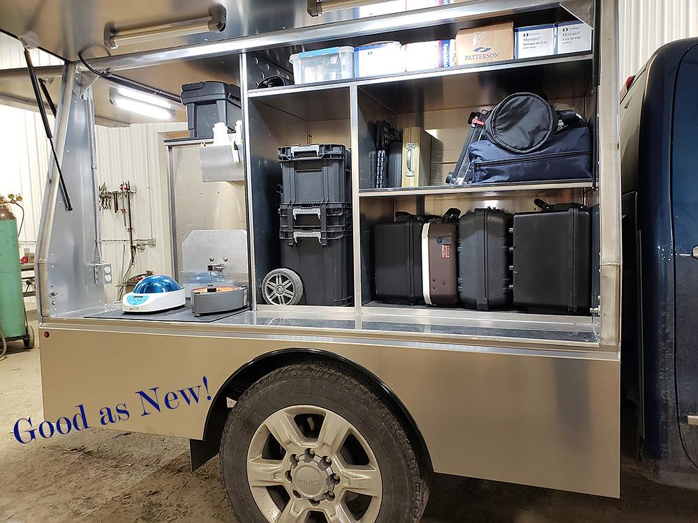 Custom vet clinic truck body Bay Horse Innovations of New York