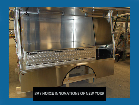 Bay Horse Innovations of New York Farrier rigs and more
