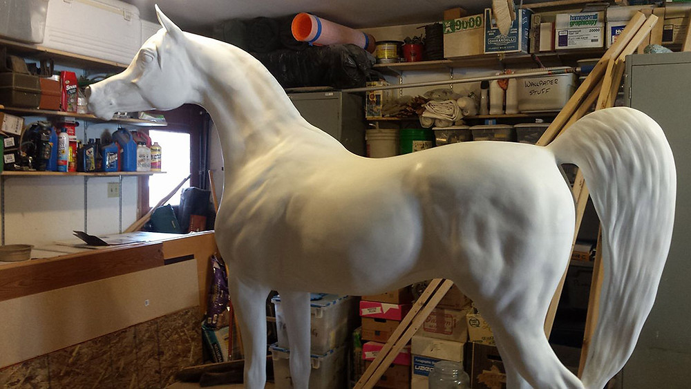 Arabian Horse for Humanity Saber and artist Kathy Scott