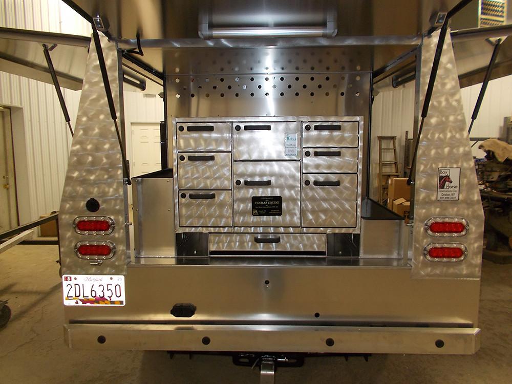 Custom Vet rig by Bay Horse Innovations of New York for PenMar Equine