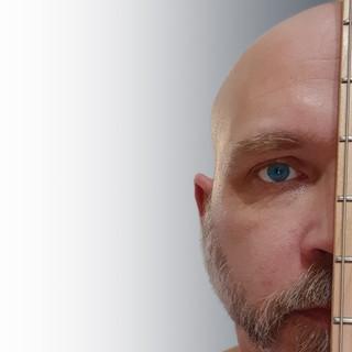 DickSavage-Face+Guitar.jpg
