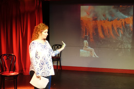 Dana Aber workshopping the new projections!