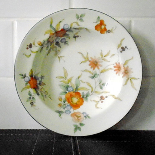 Wedgwood Philippa Lipped Bowl