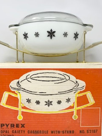 Various Pyrex Dishes