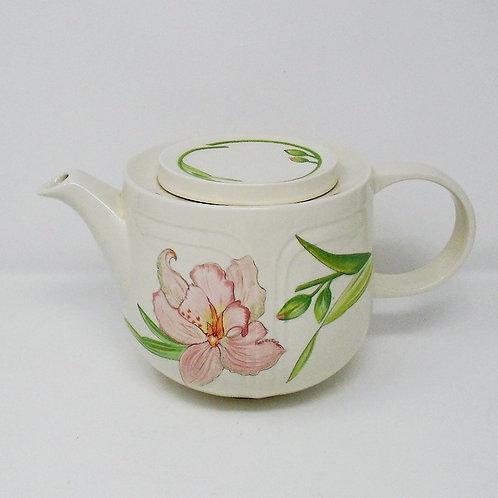 Johnson Brothers Celebrity Teapot
