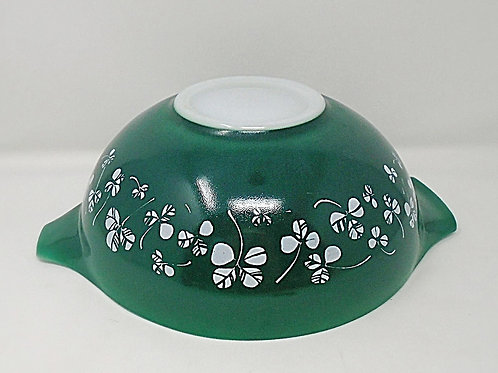 JAJ Pyrex Clover Shamrock Green Large Cinderella  Mixing Bowl