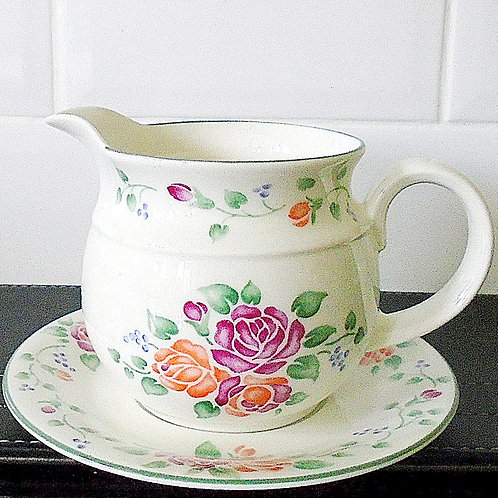 Royal Doulton Angelina Gravy Boat & Stand