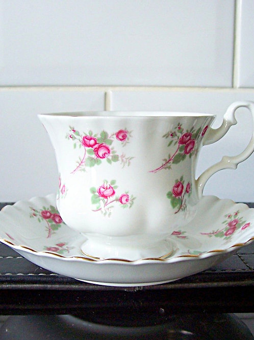 Richmond Rose Time Cup & Saucer