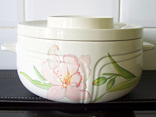 Johnson Brothers Celebrity Lidded Casserole Dish Tureen