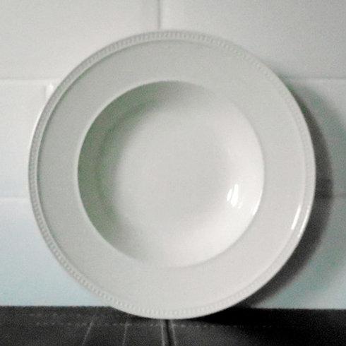 Wedgwood Windsor Plain Lipped Bowl