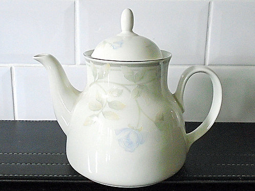 Royal Doulton Devotion Teapot